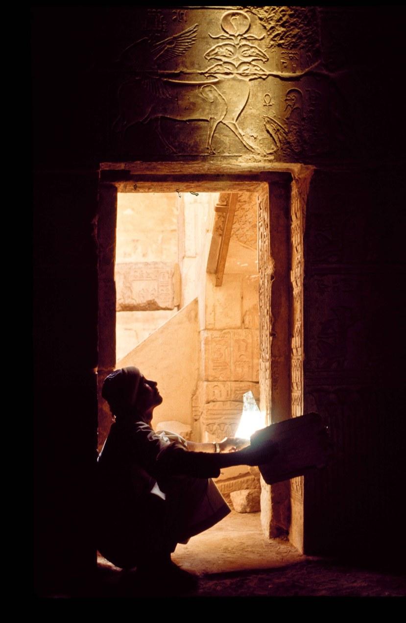 Lighting inside Egyptian tomb
